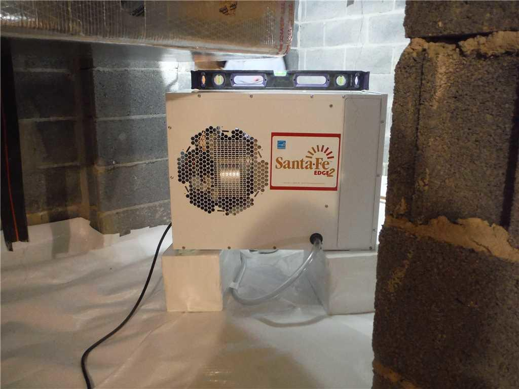 Does an Encapsulated Crawl Space Need a Dehumidifier?